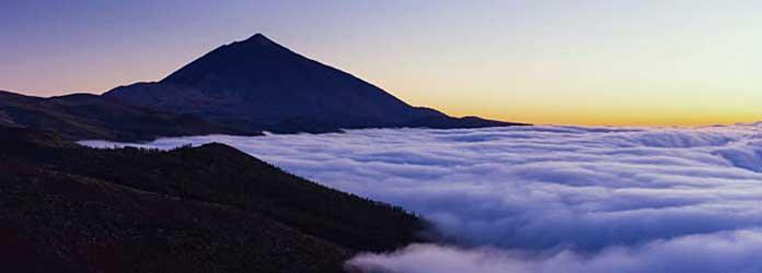 Volcan Teide y Nubes